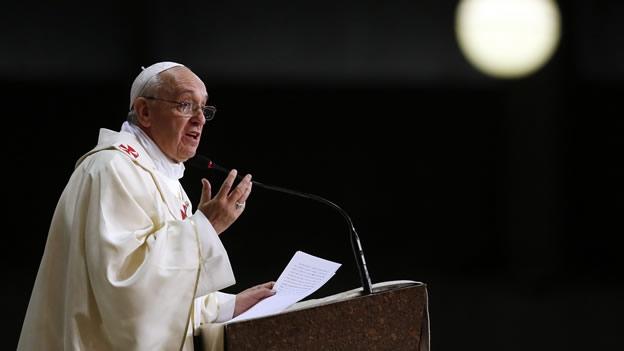 Resultado de imagem para papa francisco em discurso